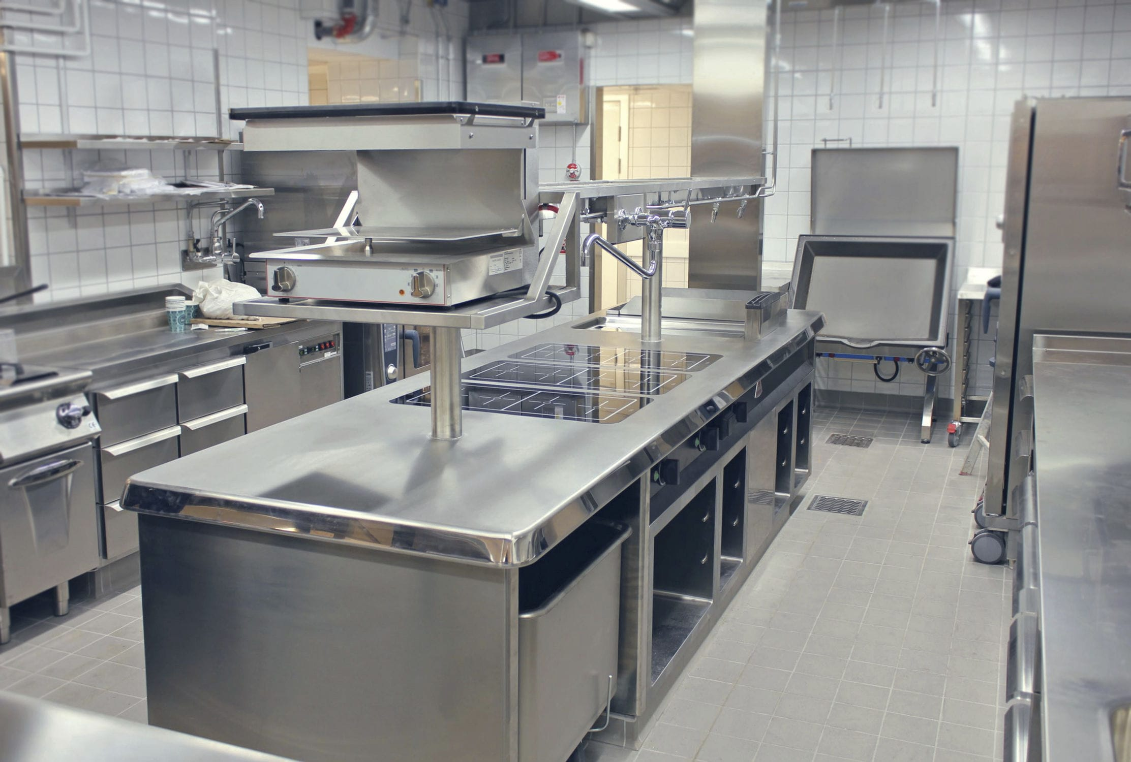 Why Is Stainless Steel Important In Commercial Kitchens